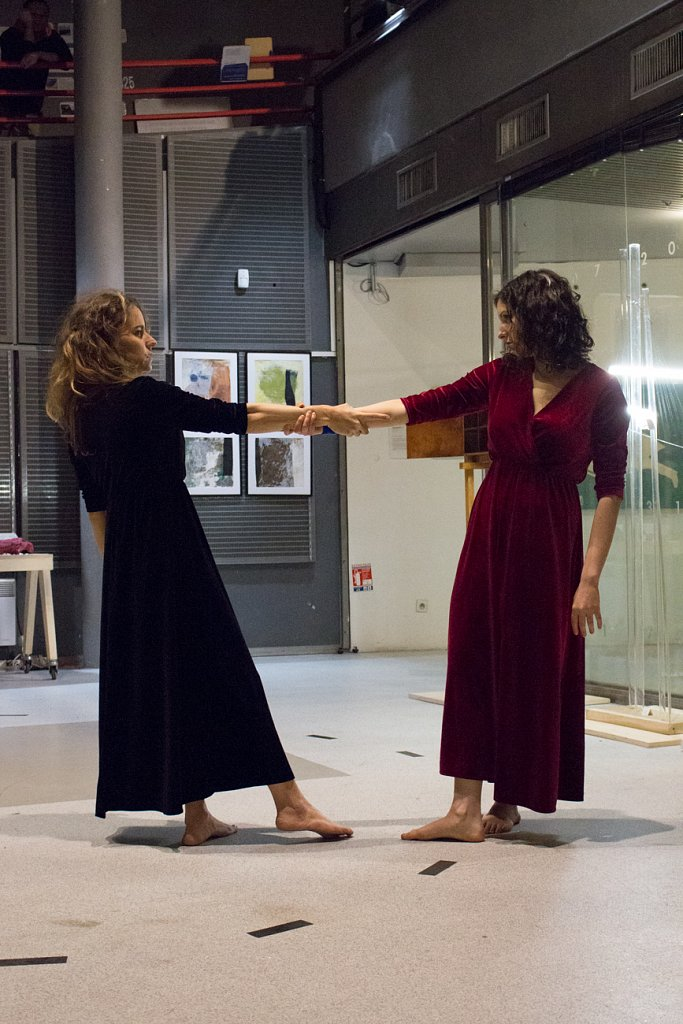 Performance L'Illusion d'une Fusion, May Rohrer & Paula Alves, 2019, Villette Makerz, Paris